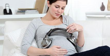 Musik für Babys während der Schwangerschaft und nach der Geburt