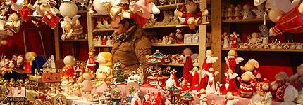 Gefahrenpunkt Weihnachtsmarkt; Suessigkeiten gegen Zahngesundheit